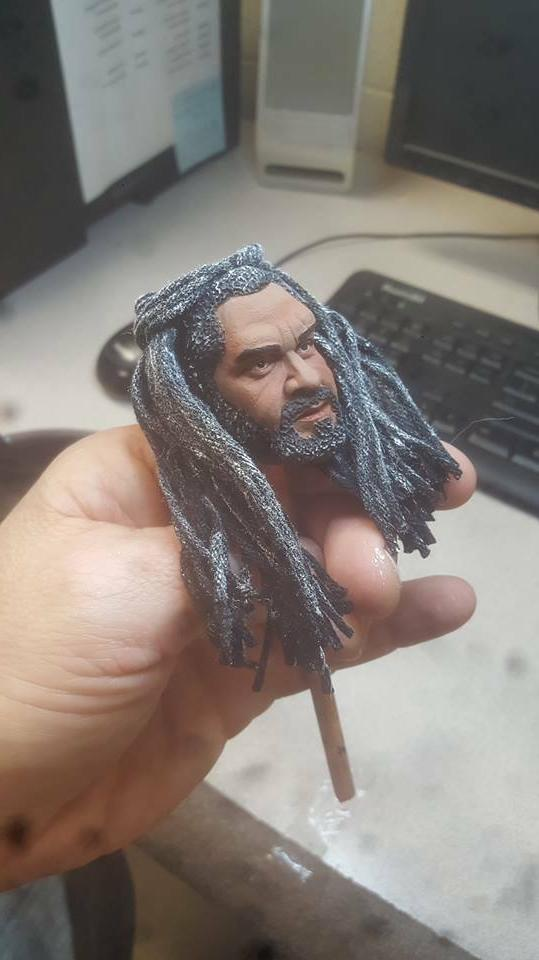 Painted the walking dead king ezekiel head for 12 inch figur