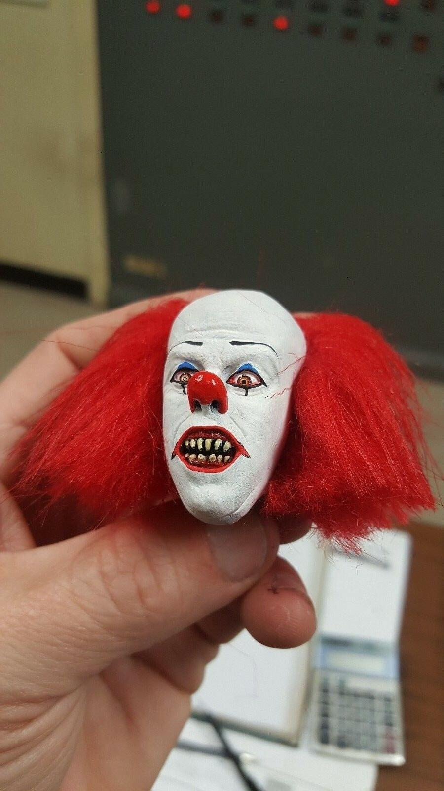 Tim Pennywise clown fang it for inch body new