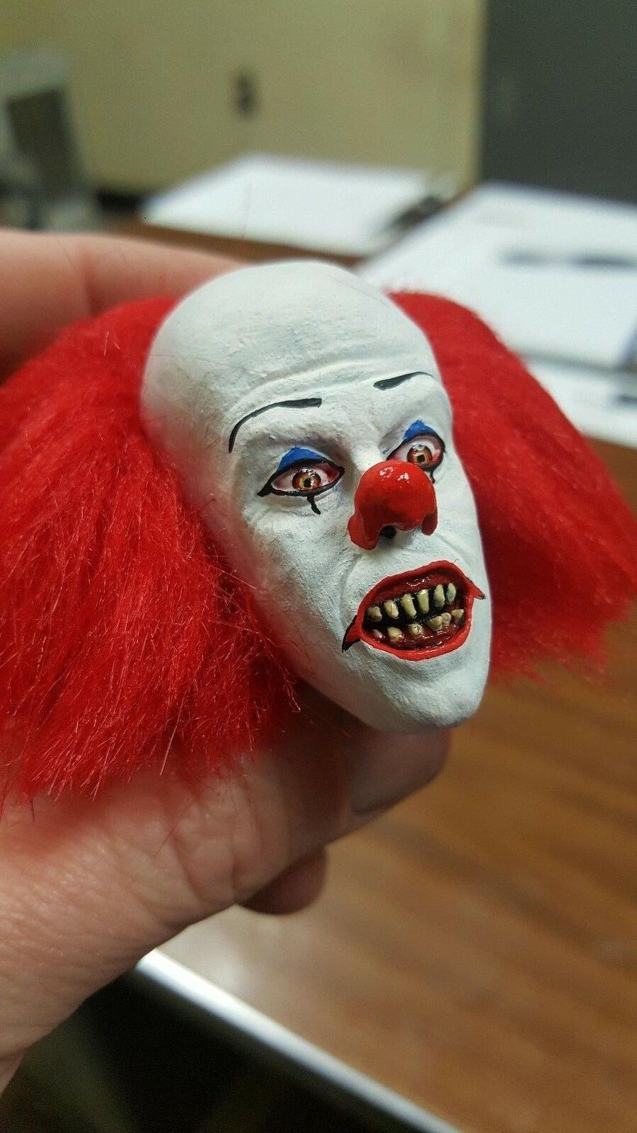 Tim curry Pennywise the clown fang version from it head for